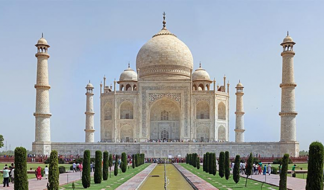 10) Taj Mahal, Agra, Indie