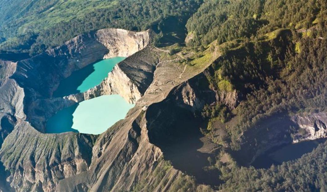 Flores v Indonésii – Vulkán Kelimutu