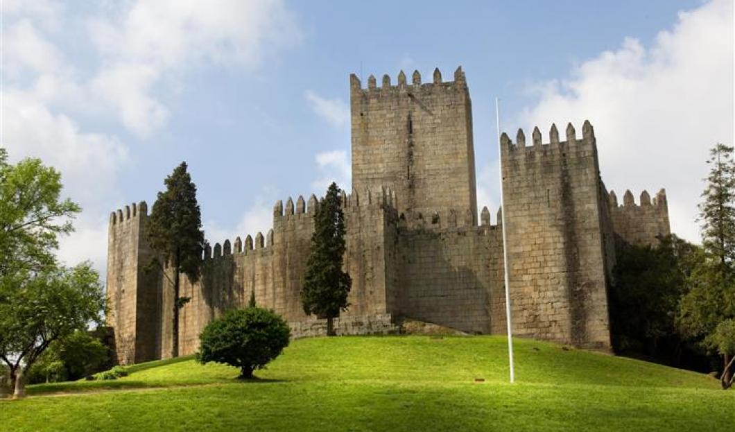 Hrad De Guimaraes, Portugalsko