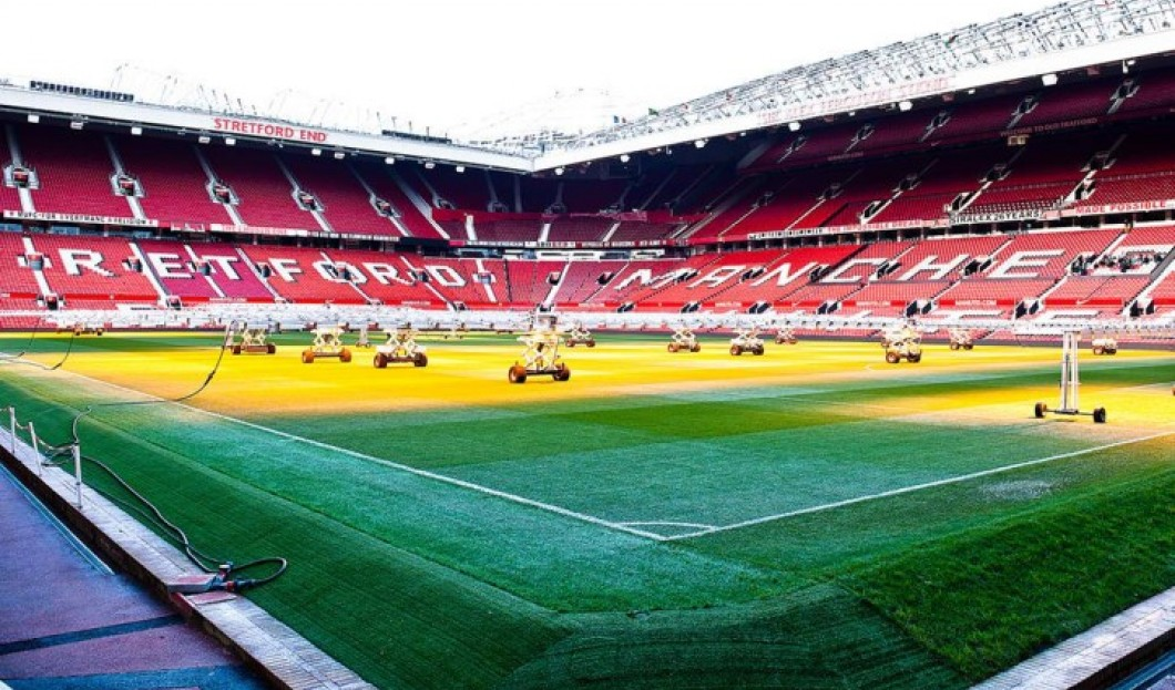 3. OLD TRAFFORD (MANCHESTER UNITED)